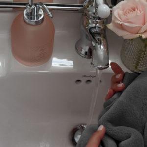 Amelie Soie Beauty Towel