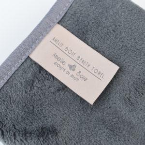 Amelie Soie Beauty Towel Label